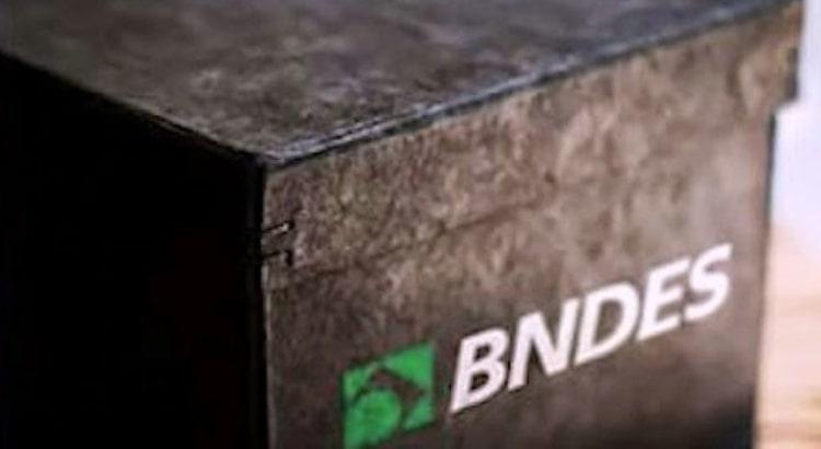 BNDES libera lista maiores tomadores e devedores, em transparência.
